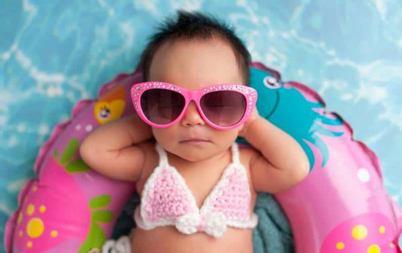 Find the best baby sunscreens that are super natural and sun protection tips