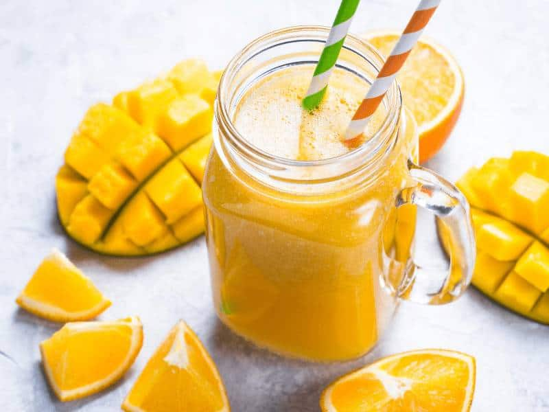 Check out this yummy and healthy lactation smoothie recipe