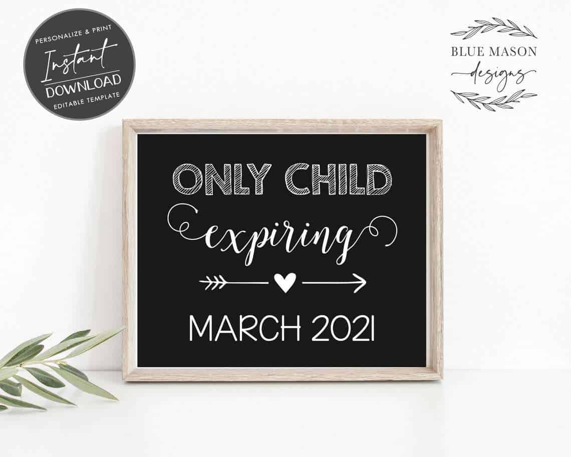cute pregnancy announcement with chalkboard